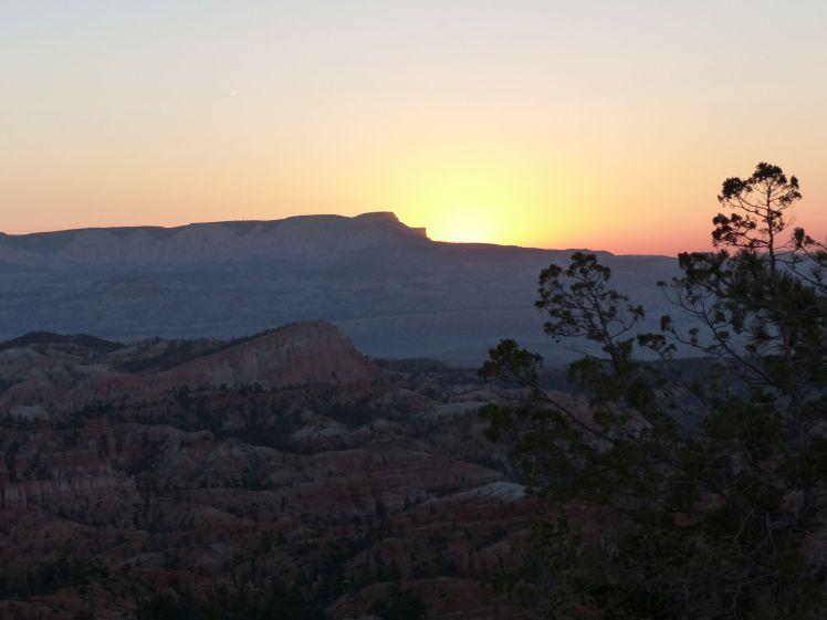 Bryce Canyon_sunrise2