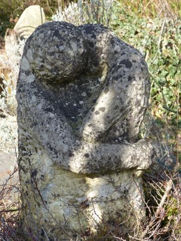 schon stark verwitterte Steinskupltur meines Vaters