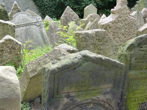 Prag_jüdischer Friedhof_24